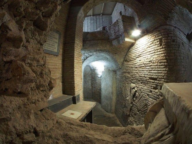 Case romane del Celio, sotto la Basilica dei Santi Giovanni e Paolo, Roma