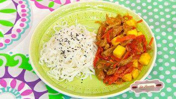 Wok de cerdo agridulce y Fideos de arroz tipo spagghetti