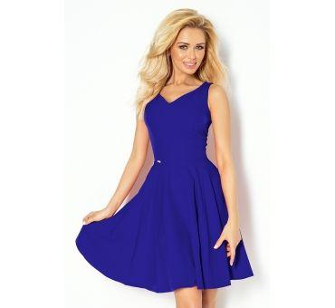 https://galeriaeuropa.eu/sukienki-damskie/700608-114-6-sukienka-z-kola-dekolt-w-ksztalcie-serca-chaber