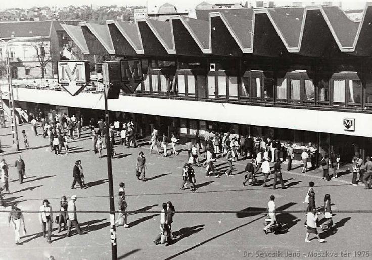 1975, Moszkva tér