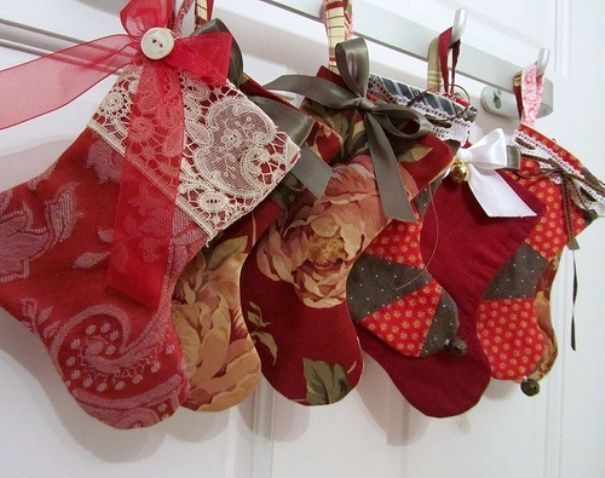 Christmas stocking holders for mantle | Free Reference Images