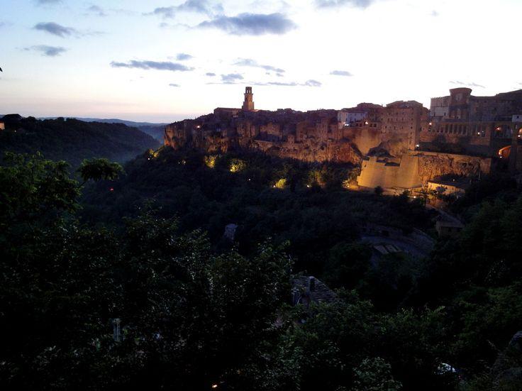 il borgo di Pitigliano in Toscana