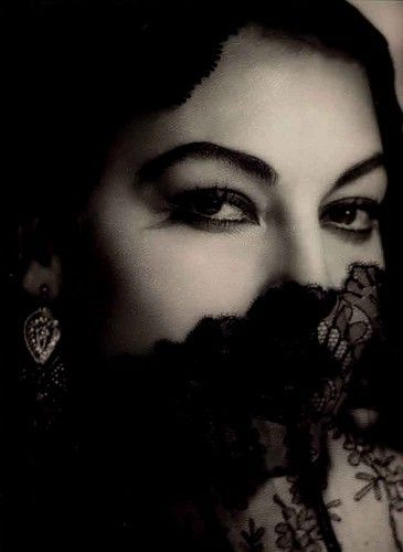 lace: Black Lace, Ava Gardner, Classic Movie, Hollywood Stars, Vintage Lace, Classic Beautiful, Film Photography, Style Icons, Bw Photography