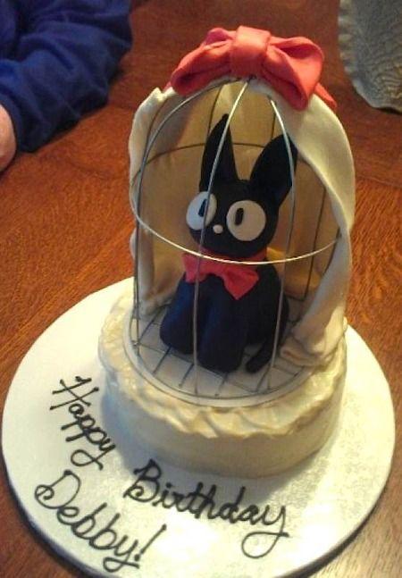 Hayao Miyazaki's Studio Ghibli Kikki's Delivery Service cake. Kikki's cat Jiji. Wow!