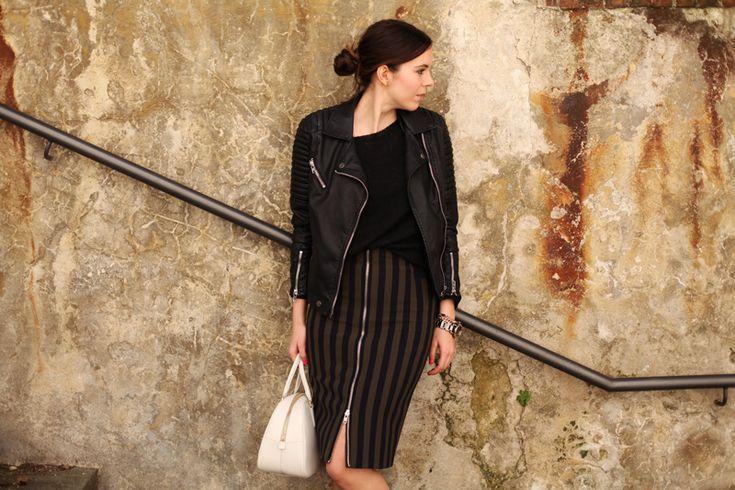 Jacket by Stradivarius, skirt by Zara, bag by Prada