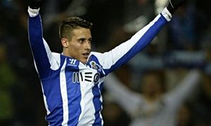 Football transfer rumours: Cristian Tello to Liverpool or Everton? - http://footballersfanpage.co.uk/football-transfer-rumours-cristian-tello-to-liverpool-or-everton/