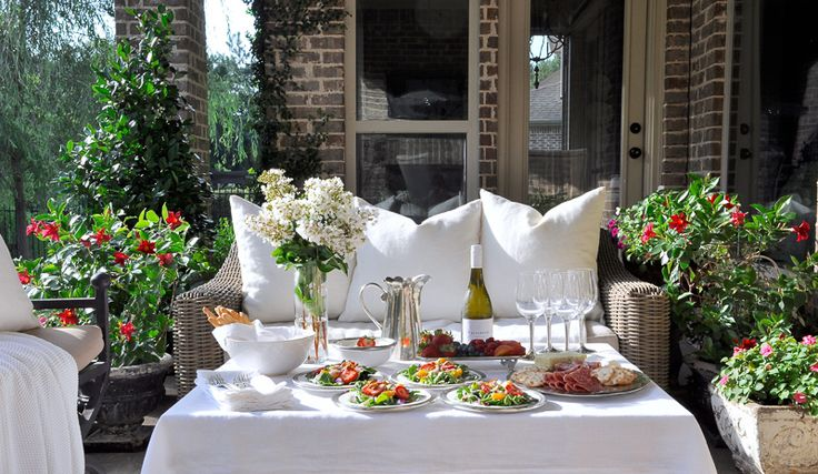 Tips for Hosting a Perfect Dinner Party