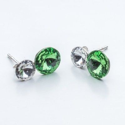 Swarovski Rivoli Earrings 6/8mm Crystal + Peridot  Dimensions: length:1,5cm stone size: 6mm and 8mm Weight ~ 1,60g ( 1 pair ) Metal : sterling silver ( AG-925) Stones: Swarovski Elements 1122 SS29 ( 6mm ) and SS39 ( 8mm )  Colour: Crystal + Peridot 1 package = 1 pair