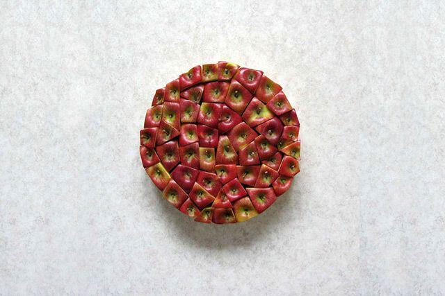 Apples | Sakir Gökçebag