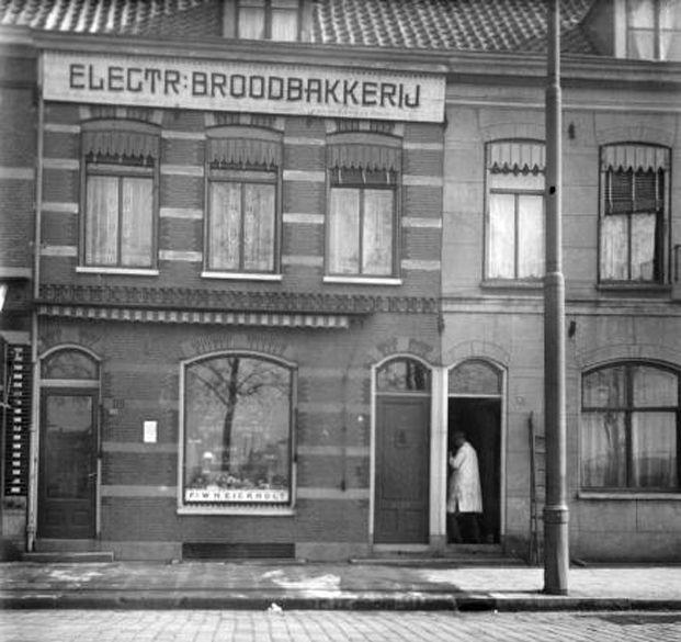 574 beste afbeeldingen van oud hollandse plaatjes old for Beste shoarma amsterdam oost