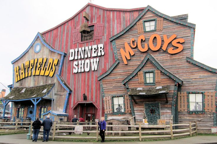 Hatfield Mccoy Dinner Show In Pigeon Forge With Billy Joe