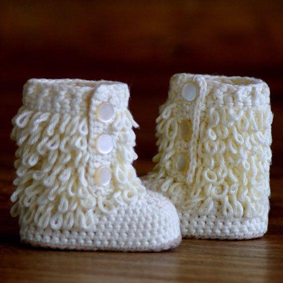 Crochet Baby Boots - @Sharon Macdonald Macdonald Brooksbank these are soo cute!!!