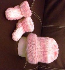 Calzine e cappellino rosa melange per neonato