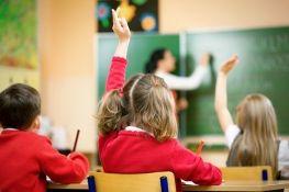 Μαθαίνουν διαφορετικά τη γλώσσα τα αγόρια από τα κορίτσια; | psychologynow.gr