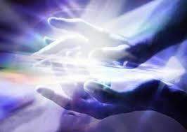 Se acerca el día en que conmemoráis la llegada del Mesías, día de conmemoración en que la humanidad olvida su edad; los jóvenes y los ancianos se sienten niños, y los niños se sienten ángeles.  El Espíritu del Maestro y el recuerdo de Su advenimiento invade todos los corazones y les mueve a la elevación, a la fraternidad y a la paz.