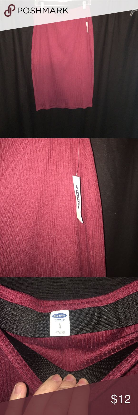 Maroon/wine ribbed Old Navy skirt Very pencil/bodycon skirt. Ribbed. New with tags, only tried on. Can dress up or down! Is a maroon/red wine color. More photos available upon request! Old Navy Skirts Pencil