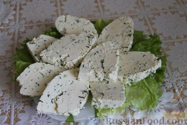 сыр с чесноком и зеленью - рецепт