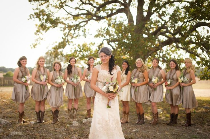 Vintage country style wedding country style bridesmaid for Vintage country wedding dresses