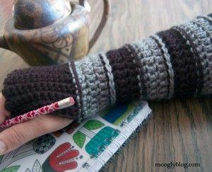 All Grown Up Arm Warmers: free crochet pattern on mooglyblog.com