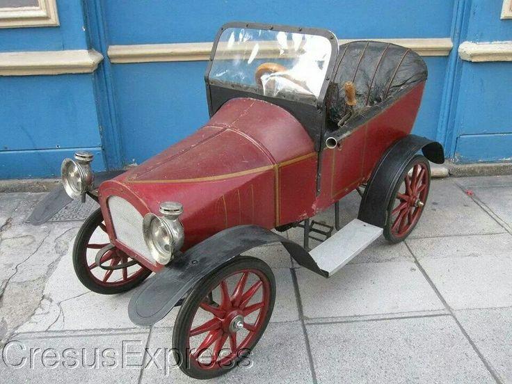 Antique pedal car  ...  =====>Information=====> https://www.pinterest.com/hmcus/old-pedal-cars/