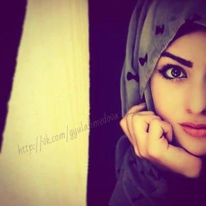 pretty hidjab girl
