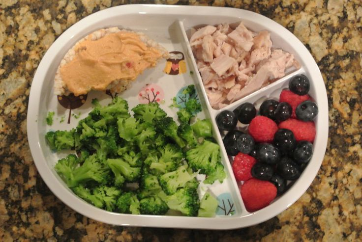 Amy, Houston Moms Blog contributor, shares her insight on toddler nutrition and meal ideas. Plus a fun giveaway!