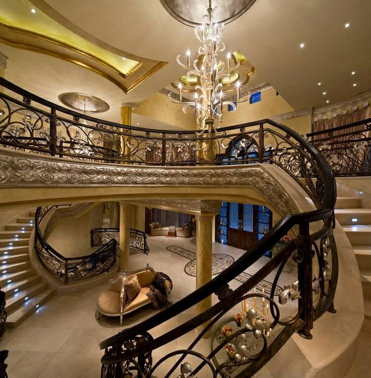 1000 images about mega mansions interiors on pinterest for Amazing mansions inside