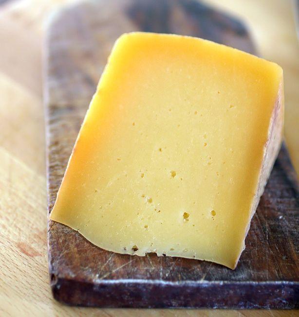 TreValli – Formagella di Collio a pasta semidura | http://www.ilpastonudo.it/cacio-brado/trevalli-formagella-di-collio-a-pasta-semidura/