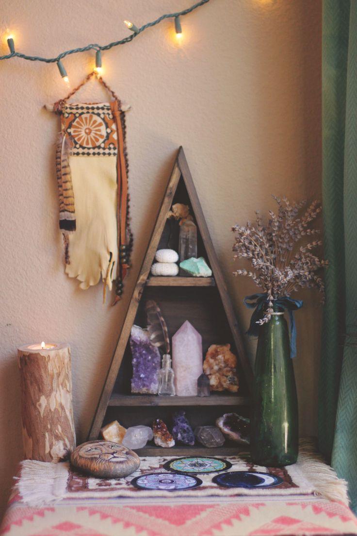 Beautiful Handmade Triangle Shelf Boho Decor Inspiration