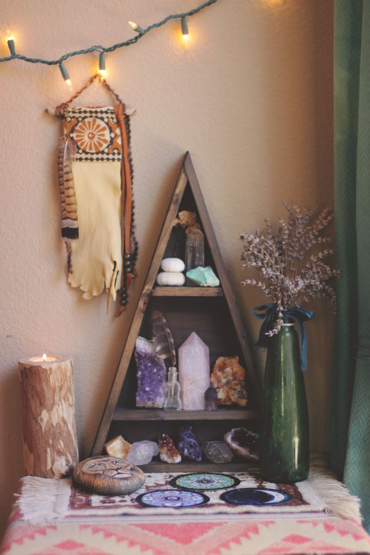 Beautiful Handmade Triangle Shelf Boho Decor Inspiration