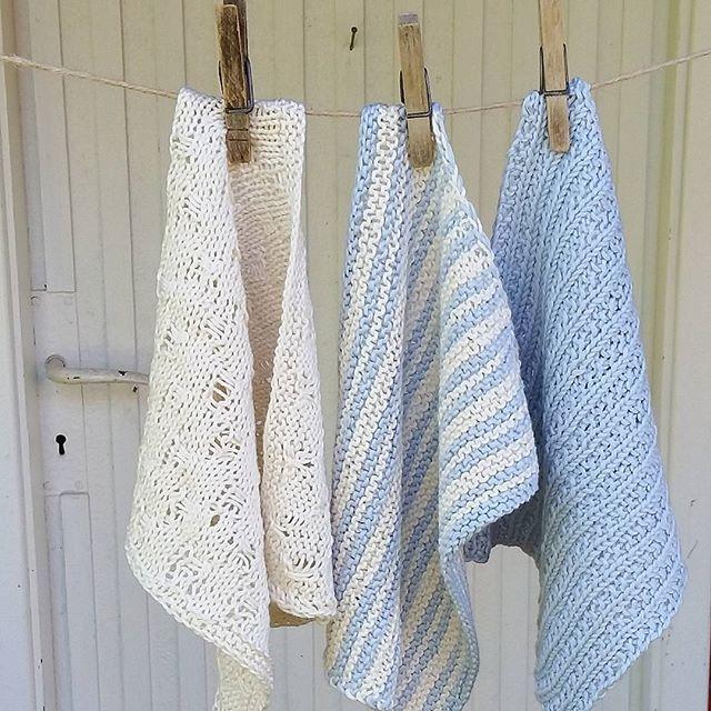 Litt klutestrikking fra i sommer  #kluter #klutestrikk #strikking #knitting #mandarinmedi #sandnesgarn #lyseblå #madebyme #DIY
