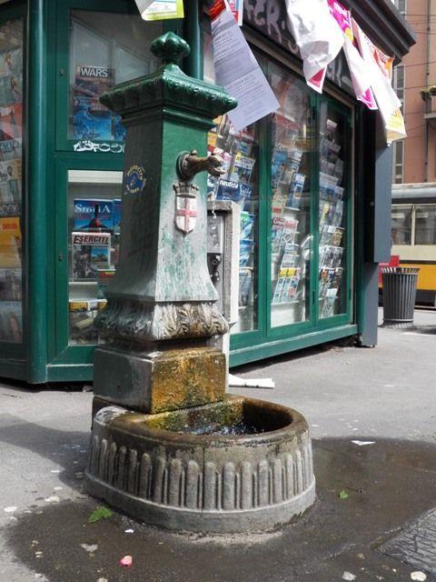 A Itália é o maior consumidor de garrafas plásticas de água da Europa e há uma campanha muito forte no país pelo uso de recipientes reutilizáveis.