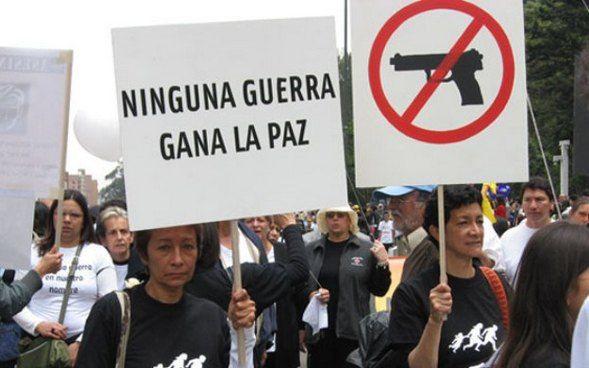 Gobierno de Colombia y FARC admiten crisis en negociación de paz