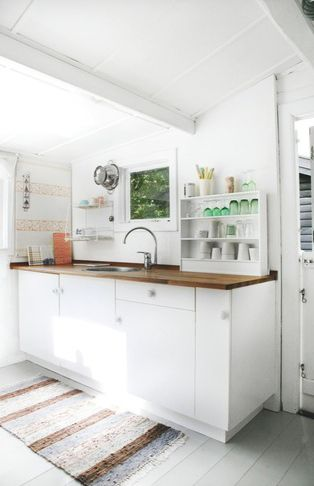 Summer house of a ceramic designer - via Coco Lapine Design