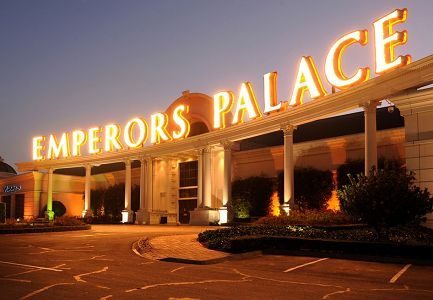 Experience world-class entertainment at Emperor's Palace © Peter Morey