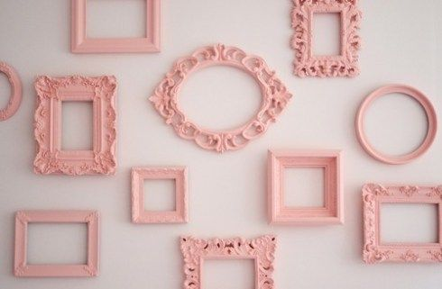 Looking for ideas for bedroom. This would be great. Pick up frames from thrift stores.