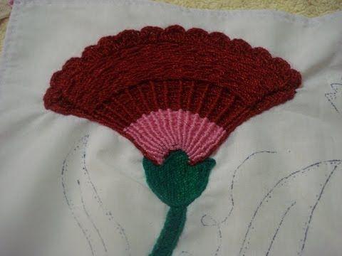 116 best images about bordado de servilletas on pinterest - Como doblar servilletas de tela ...