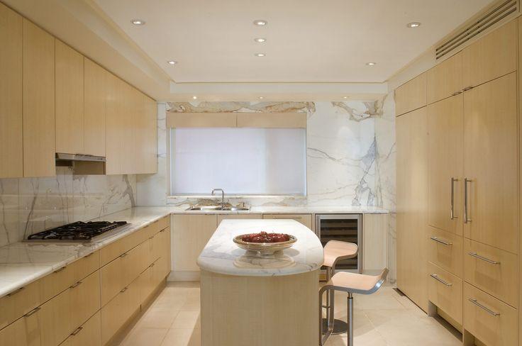 60+ Kitchens That Prove Marble Countertops Still Reign Supreme. Moderne  Küchen Mit InselnModerne KüchenU Förmige ...