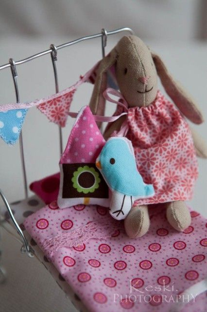 DIY bed for Maileg bunny