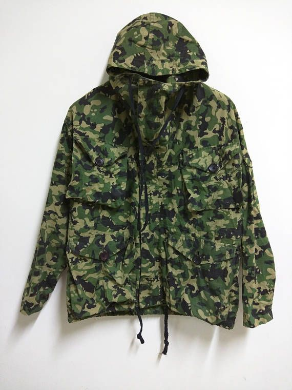 Hey, I found this really awesome Etsy listing at https://www.etsy.com/uk/listing/532668192/rare-vintage-90s-bape-camo-jacket