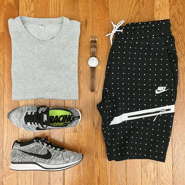 or: #WDYWTgrid by @thebobbyfillet #mensfashion #outfit #ootd : #Uniqlo : #Nike : #Nike #Flyknit Racer 'Oreo 1.0' ⌚️: #Shinola  #WDYWT for on-feet photos #WDYWTgrid for outfit lay down photos •