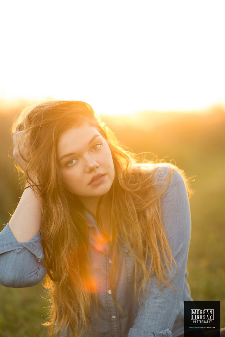 senior picture inspiration at sunset girl photography