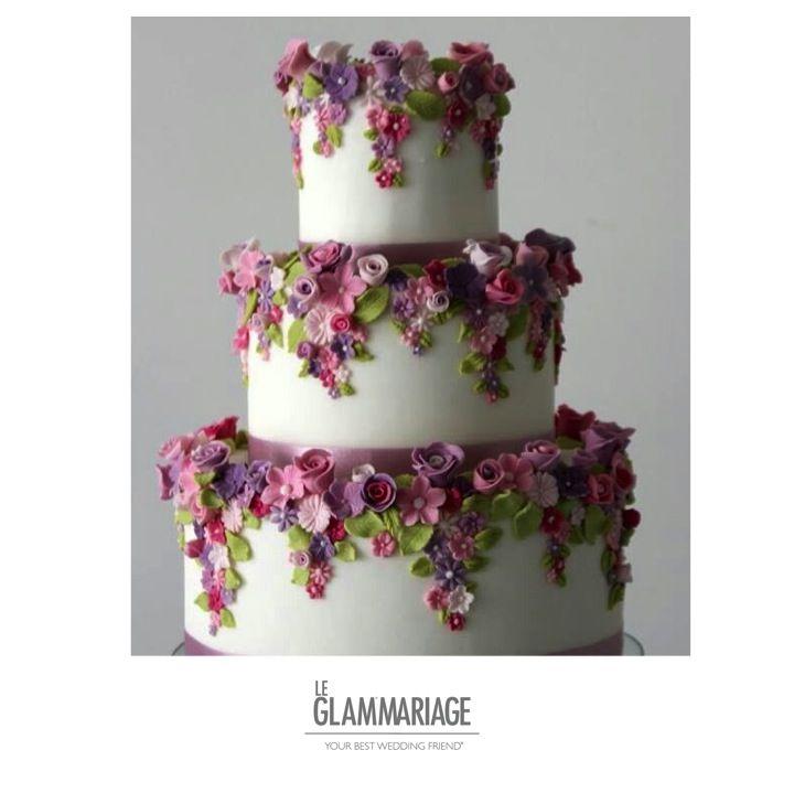 Decoración con flores comestibles. www.leglammariage.com