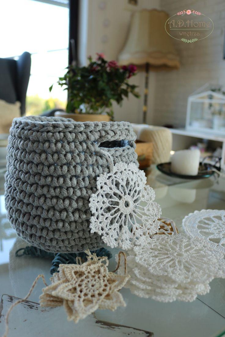 kosz, koszyk, koszyczek, dekoracje, home decorations, crochet, szydełko, hand made, home decor, room decor, gwiazdki, śnieżynki, dekoracje swiąteczne, christmas decor, pracownia A.D.HOME