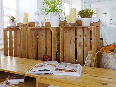 tête de lit / cagette / récup / bois / détournement / bougies / photophores / lanterne / Ikéa / bois claire / +architecte +décorateur +Tiphaine Thomas +Lyon / http://www.skea.fr/agence/