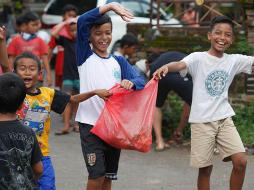 Caring about our environment is FUN! #gogreen #support #recycling #dogood