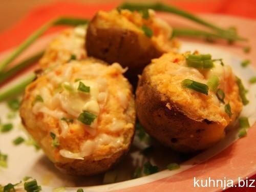 Картофель в аэрогриле. Рецепты. Два рецепта. ВИДЕО. Как легко и просто приготовить вкусный картофель в аэрогриле. Рецепты блюд в аэрогриле.