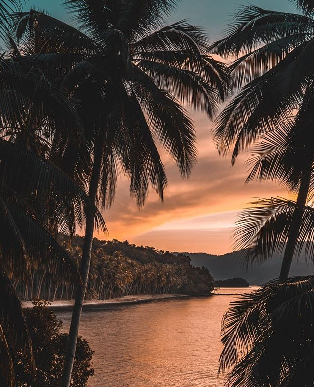 Take A Staycation With Hookahzz Cbd Oil Vapes Relaxation Is Just A Click Away Link In Bio Cbdoil Cbd Sunset Photos Nature Photography Beautiful Sunset