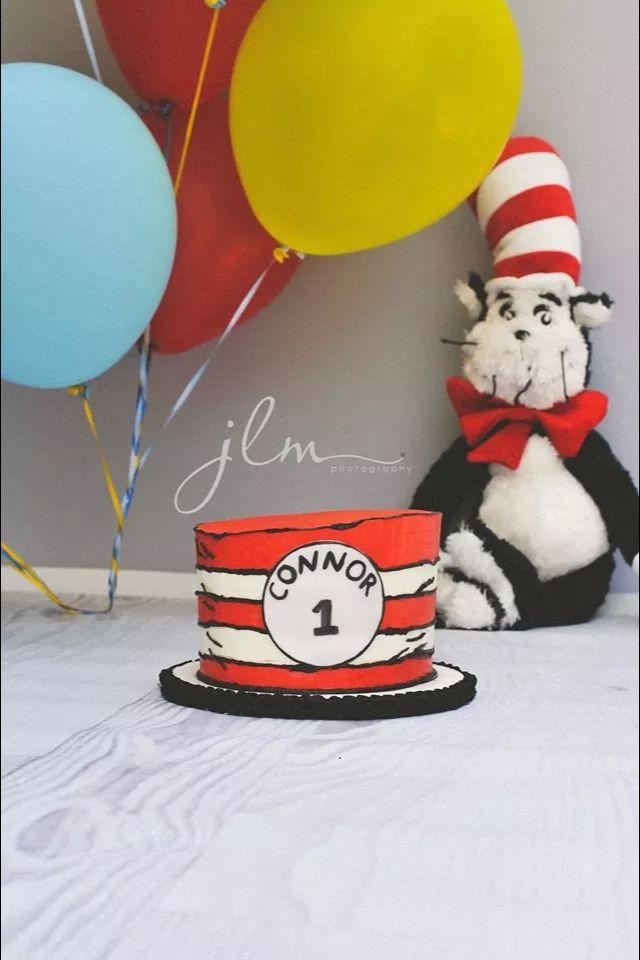 Best 20 Dr Seuss Cake Ideas On Pinterest