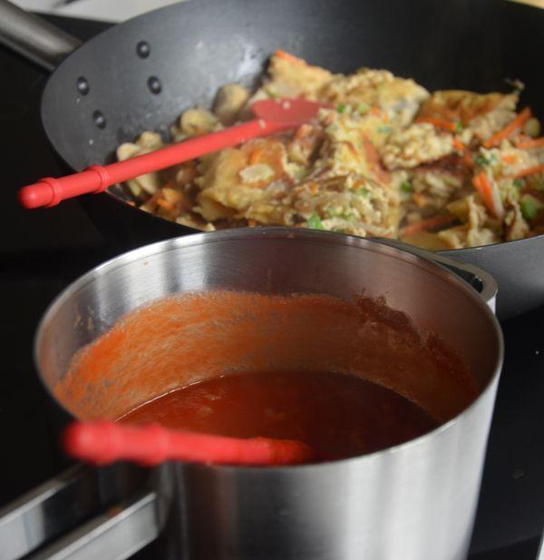 Heb je zelf passata ingemaakt? Dan kun je het gebruiken voor de saus voor Foe Yong Hai. Natuurlijk kun je passata ook gewoon in de supermarkt kopen. Wil je zelf Foe Yong Hai maken? Dan is hier het recept >>>.